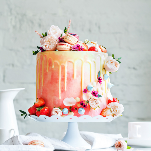 Keuze stress bij het uitzoeken van een bruidstaart? Ga voor een Drip cake bij Groen Trouwen!