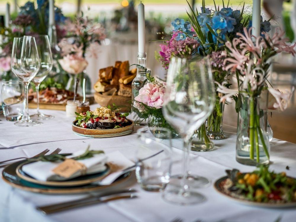 Welk eten serveer je op je bruiloft? 5 TIPS
